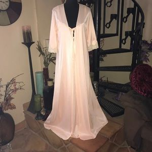 Other - Vintage Robe & Nightgown Set